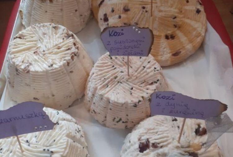 Ser koryciński podpuszczkowy,  ser wędzony